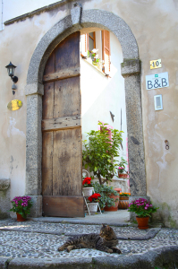 entrance bed and breakfast long Contrada